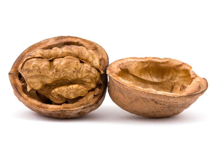 Zabranjen uvoz pošiljke jezgre oraha iz Rumunije