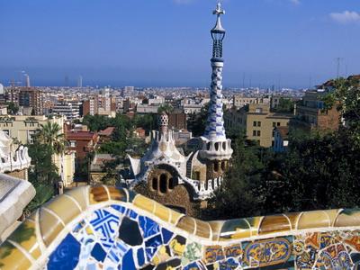 Barselona pokušava zaustaviti ekspanziju turizma: Stanovnici postali manjina u gradu