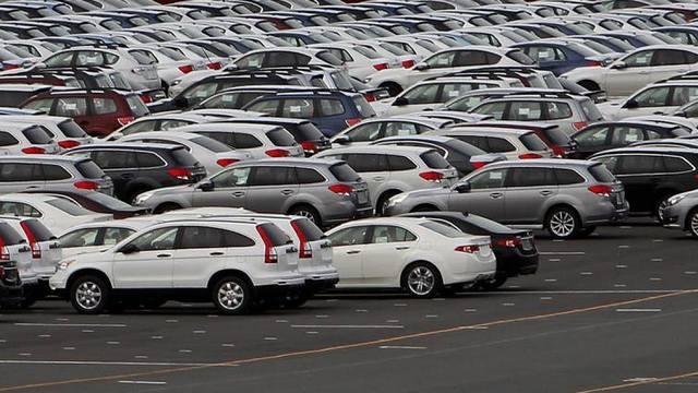 Da li će IT kompanije oteti kupce auto-gigantima?