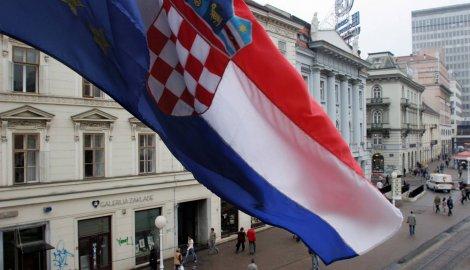 Oko 57 odsto Hrvata smatra da država ide lošim smjerom
