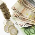 Kurs EUR/USD na 1,353 dolara za evro