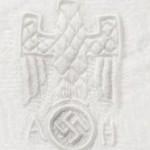 Hitlerova posteljina na aukciji