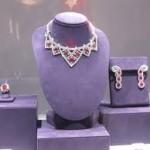 Ogrlica Elizabet Tejlor prodata za 11 miliona dolara