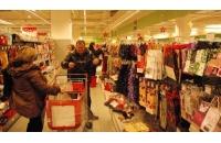 Praznici ispraznili police u trgovinama