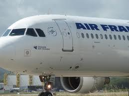 Ne odustaju od plata: 12 dana avioni ne lete