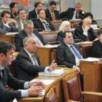 Poslanici u Crnoj Gori se hvale štednjom, a troše bez pardona