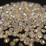 Žena pronašla 500 dijamanata u liftu