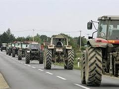 Poljoprivrednici blokirali granični prelaz Bijača