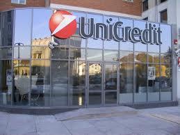 Unikredit prodaje 17,7 milijardi evra loših kredita