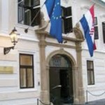 Oko 1,7 millona Hrvata duguje državi po 1.500 evra