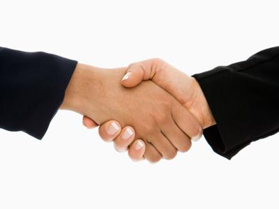 Šta je važnije: Znanje ili poslovne veze?