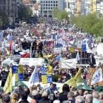 Desetine hiljada protestvuje zbog mjera štednje
