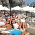 U avgustu u Crnoj Gori bilo skoro pola miliona turista, najviše Srba i Rusa