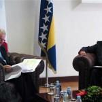 Monti: Riješiti interne probleme prije ulaska u EU