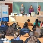 Hypo banka donirala 100 rječnika  Ekonomskom fakultetu Istočno Sarajevo