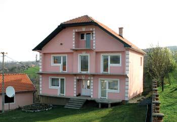 Jeftinije kupiti kuću u Beogradu nego je napraviti