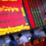 Oštar pad azijskih berzi, dolar ojačao
