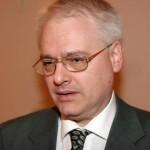 Josipović pozvao privrednike da podrže politike koje vode saradnji