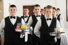 konobaari