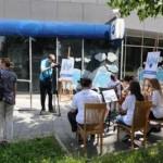 Koncert studenata Akademije umjetnosti ispred centrale Hipo banke