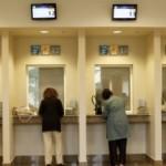 Banke u Srbiji neće da smanje rate za kredite u švajcarcima