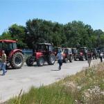 Oko 400 traktorista na graničnom prelazu Rača
