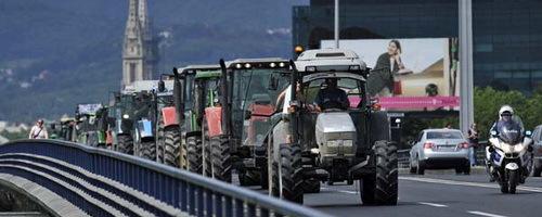 Hrvatske poljoprivrednike zaustavila policija