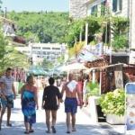 Crna Gora: Toplo more privuklo goste