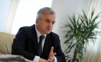 Čubrilović: Asfaltirani prvi kilometri autoputa Doboj – Prnjavor