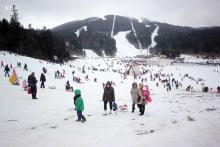 Trosjedna žičara i Ski lift K1 na Bjelašnici u funkciji tokom vikenda