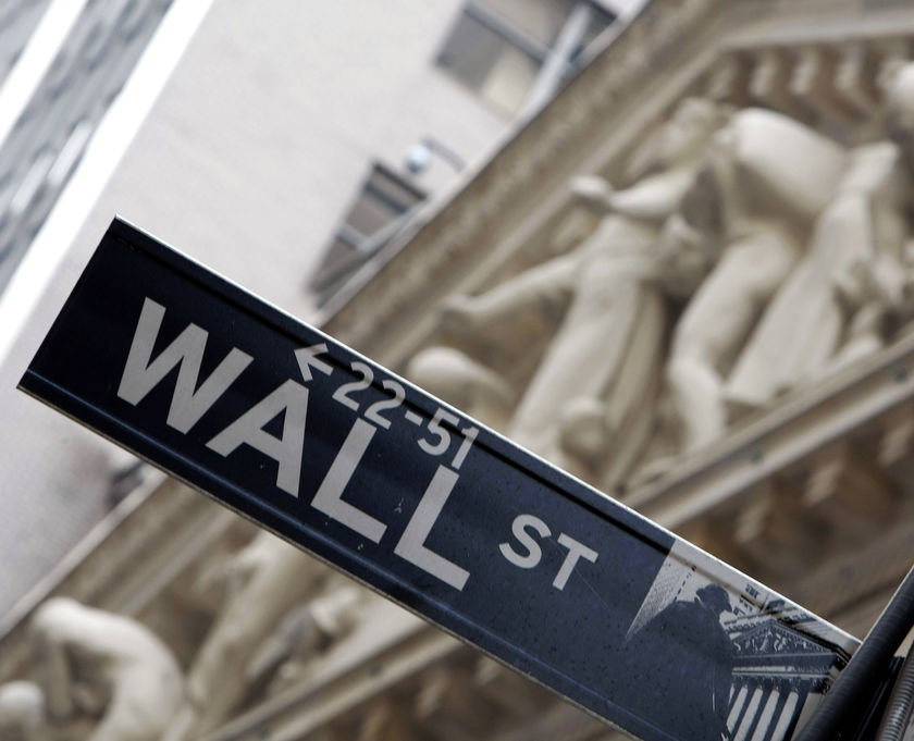 "Trgovinski rat i afere oko Trampa drmaju ""Wall Street"""