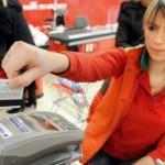 U Srbiji korišćenjem kartica otišlo šest milijardi evra