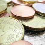 Evro oslabio nakon tri sedmice rasta