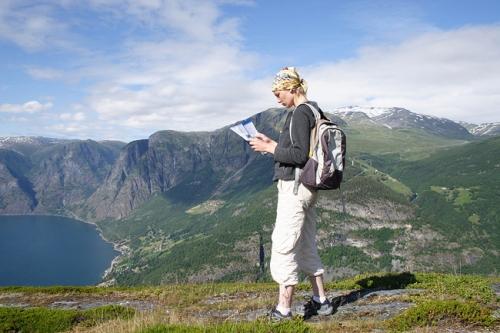 turizam-turisti-bigstock_Woman_With_Backpac