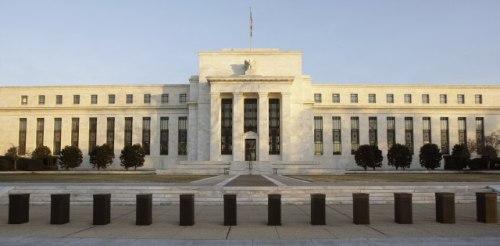 Fed ukida podsticaje privredi