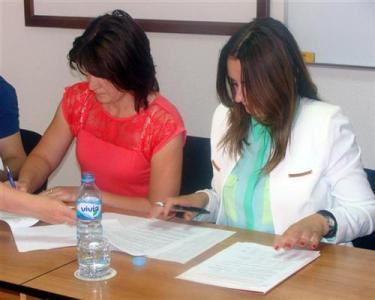 Mrkonjić Grad: Potpisani ugovori za podršku zapošljavanju