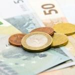Evro slabi zajedno s funtom