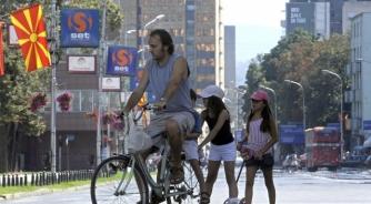 Makedonci žive od socijalne pomoći