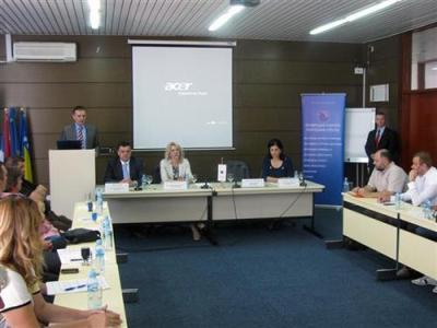 "Privrednici banjalučke regije potpisali ugovore za ""vaučer model"""