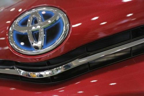 """Zarada """"Tojote"""" u padu uprkos rekordnoj prodaji vozila"""