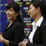 Azijske berze: Akcije pale, dolar pod pritiskom