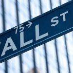 Wall Street porastao, cijene nafte skočile