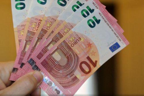 Pali falsifikatori: Mislili da će neprimećeno proći lažnjaci od 10 i 20 evra