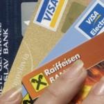 U Srbiji plaćanje preko interneta koristi 34 odsto vlasnika kartica