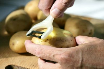Na trpezi najviše hljeba i krompira