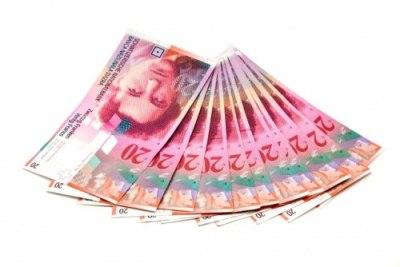 SNB: Švajcarski franak i dalje precijenjen