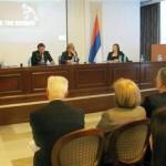 U procesu reformi fokusirati se i na javni sektor