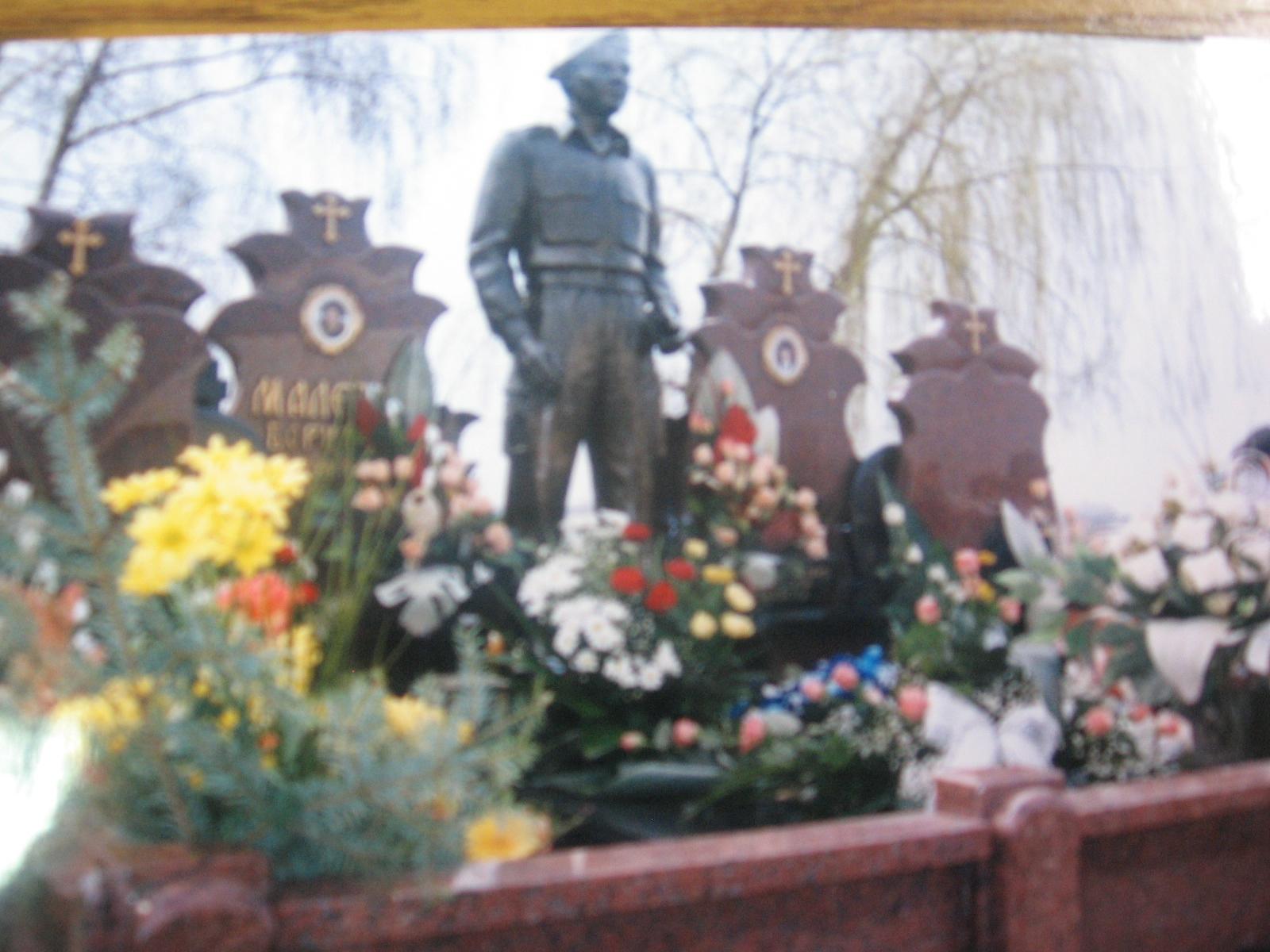 Sa groblja ukrali bistu tešku 400 kg