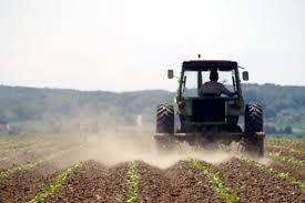U opštini Bratunac regresirano gorivo za 720 zemljoradnika