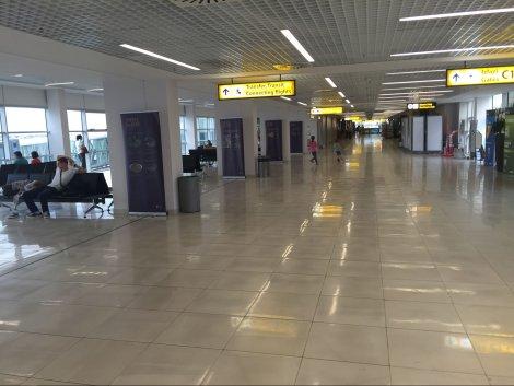 "Vučić: 21 milion evra za rekonstrukciju aerodroma ""Nikola Tesla"""